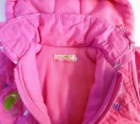 Яркая розовая курточка на принцессу. Рукавички пристегиваются  на кнопочках к ка. Запорожье, Запорожская область. фото 6