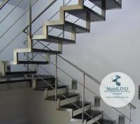 Лестница на 2 косоурах. Одесса. фото 1