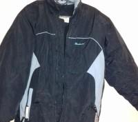 Куртка зимняя на мальчика 9-13 лет в хорошем состоянии, на синтепоне, внутри оче. Чернігів, Чернігівська область. фото 2