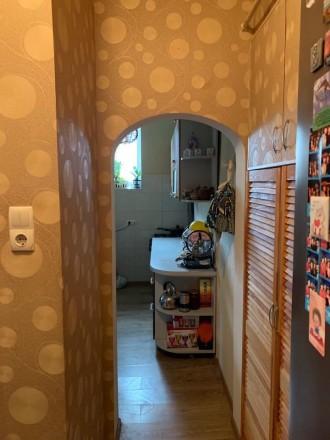 Состояние квартиры: Пол — ламинат Стены — обои Потолки — ровные  В квартире. Одесса, Одесская область. фото 2