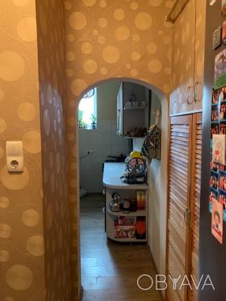 Состояние квартиры: Пол — ламинат Стены — обои Потолки — ровные  В квартире. Одесса, Одесская область. фото 1