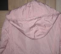 Куртка-ветровка для девочки в отличном состоянии с капюшоном. Ткань-плащевка. Из. Житомир, Житомирская область. фото 4