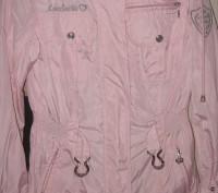 Куртка-ветровка для девочки в отличном состоянии с капюшоном. Ткань-плащевка. Из. Житомир, Житомирская область. фото 5