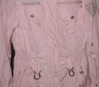 Куртка-ветровка для девочки в отличном состоянии с капюшоном. Ткань-плащевка. Из. Житомир, Житомирская область. фото 2