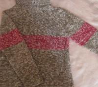 теплый свитер в идеальном состоянии.  Ткань-шерсть. Размер-140. При покупке дву. Житомир, Житомирская область. фото 2