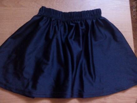 Продам юбку черную стрейч для танцев девочке. Практически новая, носили пару раз. Запорожье, Запорожская область. фото 1