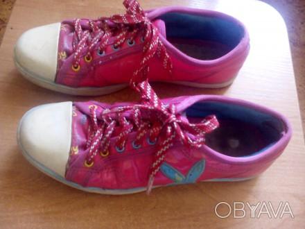 Продам красивые розовые кеды для девочки (для 4-5 класса в школу на физкультуру). Запоріжжя, Запорізька область. фото 1
