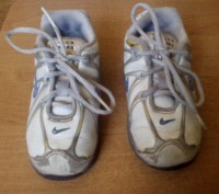 Продам фирменные кроссовки кожаные для мальчика Nike белого цвета 24 размер (дли. Запорожье, Запорожская область. фото 3