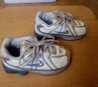 Продам фирменные кроссовки кожаные для мальчика Nike белого цвета 24 размер (дли. Запорожье, Запорожская область. фото 2