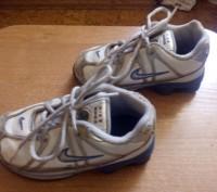 Продам фирменные кроссовки кожаные для мальчика Nike белого цвета 24 размер (дли. Запорожье, Запорожская область. фото 4