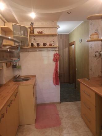 Сдам трехкомнатную квартиру в районе 7 станции Люстдорфской дороги на 6 спальных. Одесса, Одесская область. фото 3