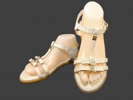 3acb2cfbcb05 Обувь без каблука – купить обувь на доске объявлений OBYAVA.ua
