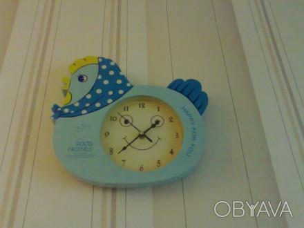 симпатичные часы в детскую комнату в хорошем рабочем состоянии.(глазки на циферб. Запоріжжя, Запорізька область. фото 1