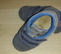 Продам осенние ботиночки на мальчика в хорошем состоянии р.26. Киев, Киевская область. фото 3