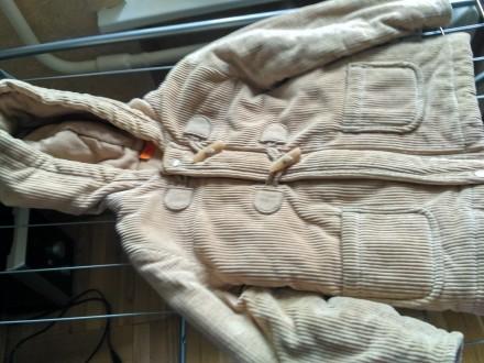 Продаю удлиненную куртку на холодную осень в идеальном состоянии , очень теплая,. Київ, Київська область. фото 10