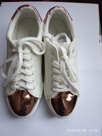 2b57baab1 Белые ботинки – купить женскую и мужскую обувь на доске объявлений ...