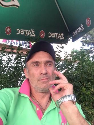 Ищу нормальную девушку без силикона и ботокса. Харків. фото 1