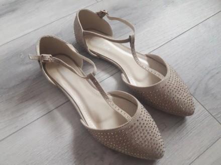ce8be29ec40b36 Босоніжки з текстилю Київ - купити взуття на дошці оголошень OBYAVA.ua