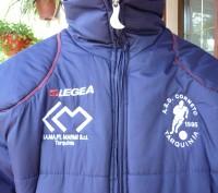 Фирменная куртка известного спортивного бренда LEGEA. Цвет темно синий .Капюшон . Киев, Киевская область. фото 5