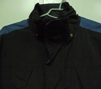 Фирменная спортивная куртка. Цвет черный комбинированный с синим . Внутри на фли. Киев, Киевская область. фото 4
