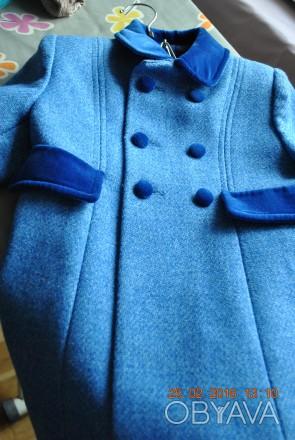 Продаю пальто, синего цвета. в отличном состоянии, практически не ношенное. Заме. Киев, Киевская область. фото 1