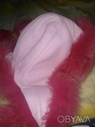 Продам кожаную на натуральном меху детскую шапку на девочку возрастом от 7 до 12. Запорожье, Запорожская область. фото 1