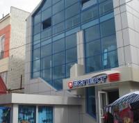 Сдаем на Центр.рынке Чернигова  торговую площадь с отоплением и бесплатным склад. Чернигов. фото 1