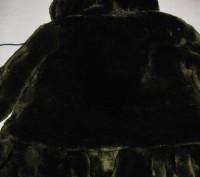 Детская шубка на девочку искусственная с капюшоном, который на 3-х пуговицах. Те. Киев, Киевская область. фото 8