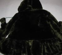 Детская шубка на девочку искусственная с капюшоном, который на 3-х пуговицах. Те. Киев, Киевская область. фото 7