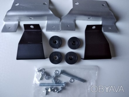 2 набора кронштейнов для багажника( на фото один). Черкассы, Черкасская область. фото 1