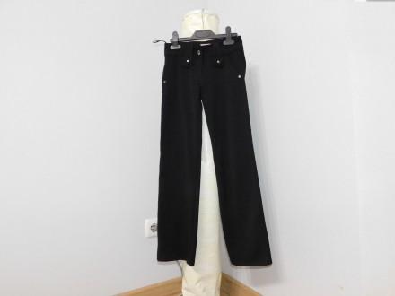 Продам школьный штаны в хорошем состоянии Ткань не тонкая хорошего качества не . Київ, Киевская область. фото 3