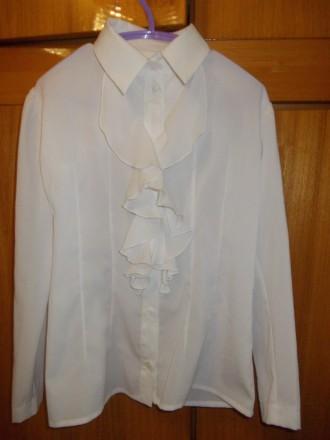 Блузка рубашка детская светлая на 6-7лет ,плечи-33 см,длинна-53см,пог-38см.,рука. Полтава, Полтавская область. фото 2