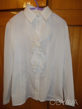 Блузка рубашка детская светлая на 6-7лет ,плечи-33 см,длинна-53см,пог-38см.,рука. Полтава, Полтавская область. фото 1