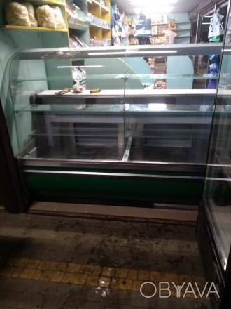 Продам холодильну вітрину довжиною 2 м, в експлуатації 2 роки, в гарному стані.. Киев, Киевская область. фото 1