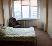 Однокомнатная квартира на Печерске рядом с метро Дружбы народов. Киев. фото 1