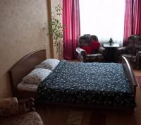 Однокомнатная на Печерске возле метро Дружбы народов. Киев. фото 1