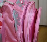 продам новый рюкзак, портфель  для девочки, размер длина 45см, ширина 30см, высо. Черкаси, Черкаська область. фото 5