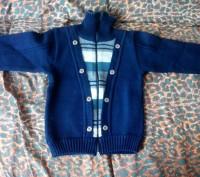 Теплый вязаный костюм на малыша 3-4 лет. Бердянск. фото 1