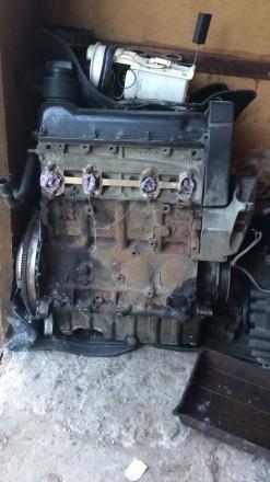 Продам запчасти на vw bora 2.0 бензин коробка двигатель салон кузовщина вырежу л. Чернигов, Черниговская область. фото 7