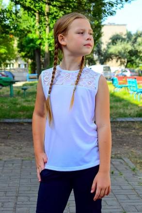 Красивая блуза для девочки, украшена вставкой из нежного кружева. Прекрасный вар. Горишные Плавни, Полтавская область. фото 3