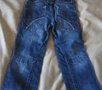 Темно-синие джинсы длинна от пояса 60 см,написан на рост 98, покупали в дорогом . Харьков, Харьковская область. фото 3