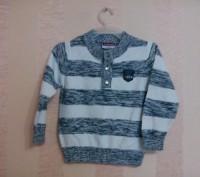 свитер на мальчика бело-серый в полосочку на 2-3года. Енергодар. фото 1