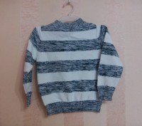 свитер на мальчика бело-серый в очень хорошем состоянии, как новый, ( несколько . Энергодар, Запорожская область. фото 3
