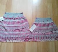Юбка для девочки, очень красивая и яркая, имеется подкладка. Цвет - серый с розо. Одеса, Одеська область. фото 2