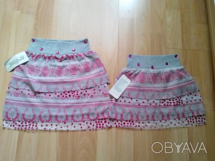 Юбка для девочки, очень красивая и яркая, имеется подкладка. Цвет - серый с розо. Одеса, Одеська область. фото 1