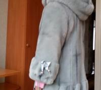 Шубка в очень хорошем состоянии.Длина от шеи к низу 60 см,ширина в плечах 37 см,. Чернигов, Черниговская область. фото 3