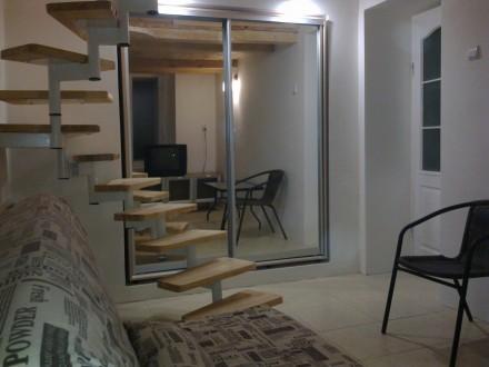 Сдам 2-х ярусную квартиру на Канатной / Базарной, 1/3 эт., косметический ремонт . Одесса, Одесская область. фото 2