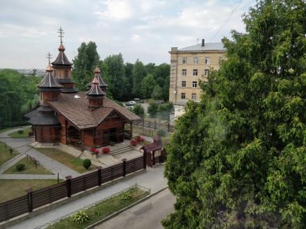 Чудова квартира в сталінці з ремонтом в чудовому дуже зеленому спальному районі . Франковский, Львов, Львовская область. фото 6