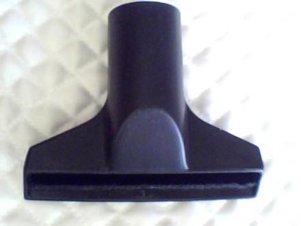 Насадка с щеткоу для пылесоса . На трубу диаметра 35 мм. Состояние хорошее. С. Николаев, Николаевская область. фото 5