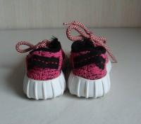 Продаю кроссовочки для девочки текстильные,розовые,размер 22,внутри по стельке 1. Черкассы, Черкасская область. фото 3
